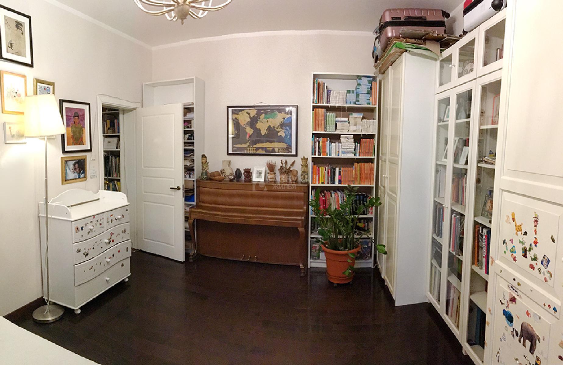 Фото №1 - 2-комнатная квартира, Москва, Комсомольский проспект 14/1 корпус 2, метро Парк культуры