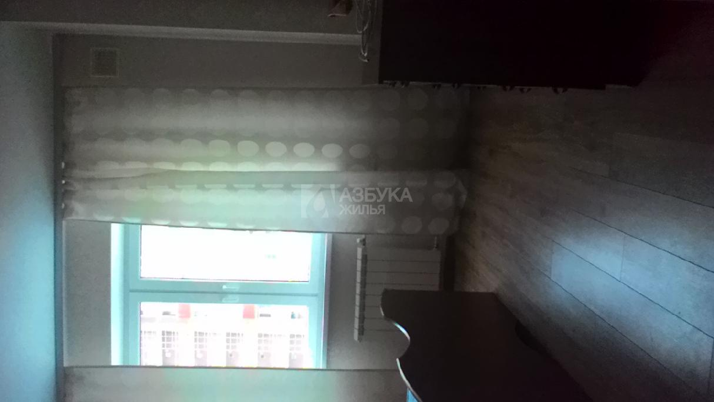 Квартира в аренду по адресу Россия, Московская область, Красногорский район, рабочий поселок Нахабино, Панфилова улица, д. 27